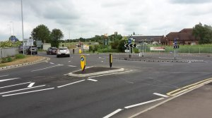 B645 Link road opened near Waitrose