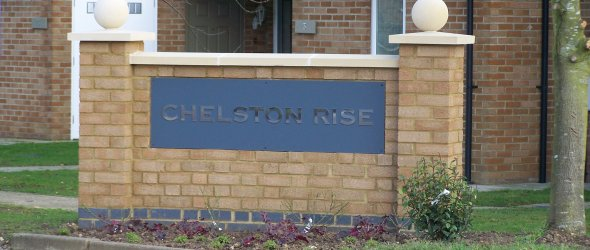Chelston Rise entrance sign